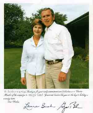 george W bush and his Laura Bush wife posing